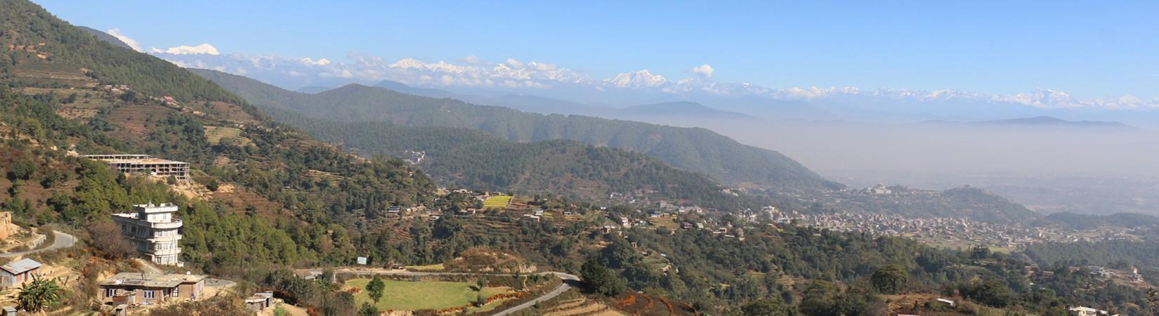 Vue sur la vallée de Kathmandu depuis Mane Bhanjyang près de Dakshinkali