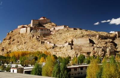 Lhasa Tsetang Shigatse Aller retour par avion