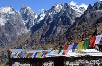 L'abrit de Seto Pokhari 4870m