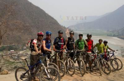 VTT au cœur de l'Himalaya