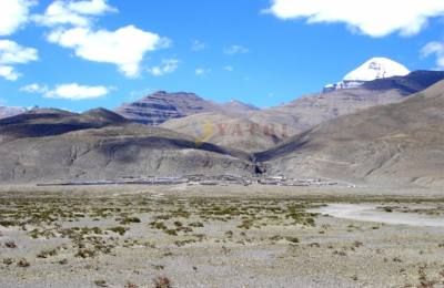 Kyirong Mont Kailash lhasa katmandou par avion